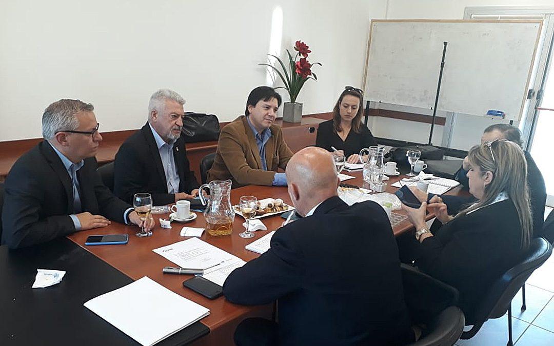 Buscan establecer vínculos para radicar empresas en Villa María