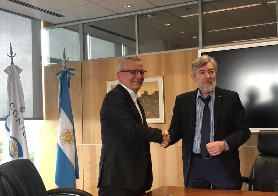 Nuevo acuerdo con CONICET para promover la investigación