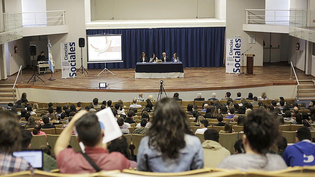 REDCOM 2018: En la UNVM, debatieron el futuro de la comunicación