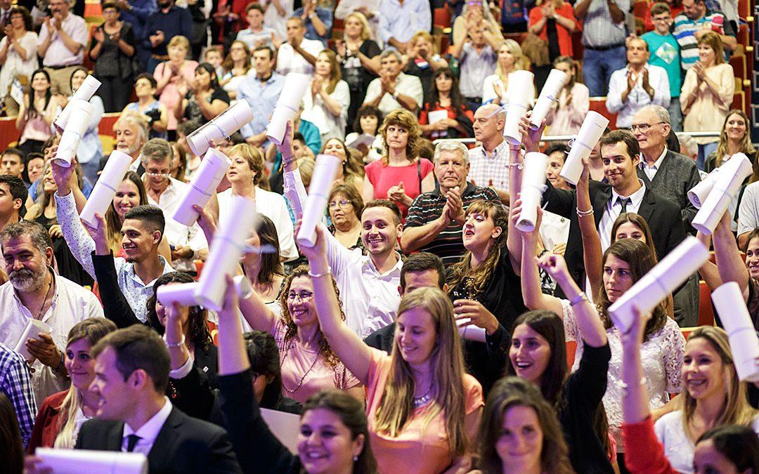 La UNVM celebró su XXX Colación de Grado