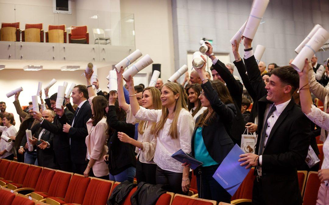 Asumen autoridades del Centro de Graduados y Graduadas