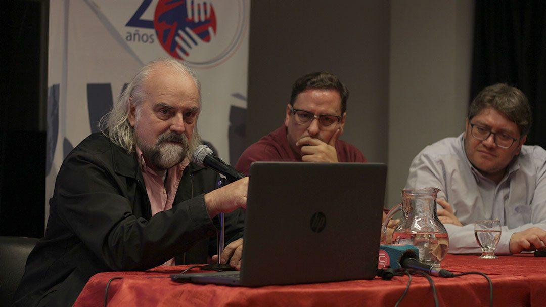 """Rouvier: """"La democracia no está cumpliendo sus promesas"""""""