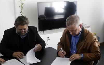 UNVM suscribió convenio con Conicet
