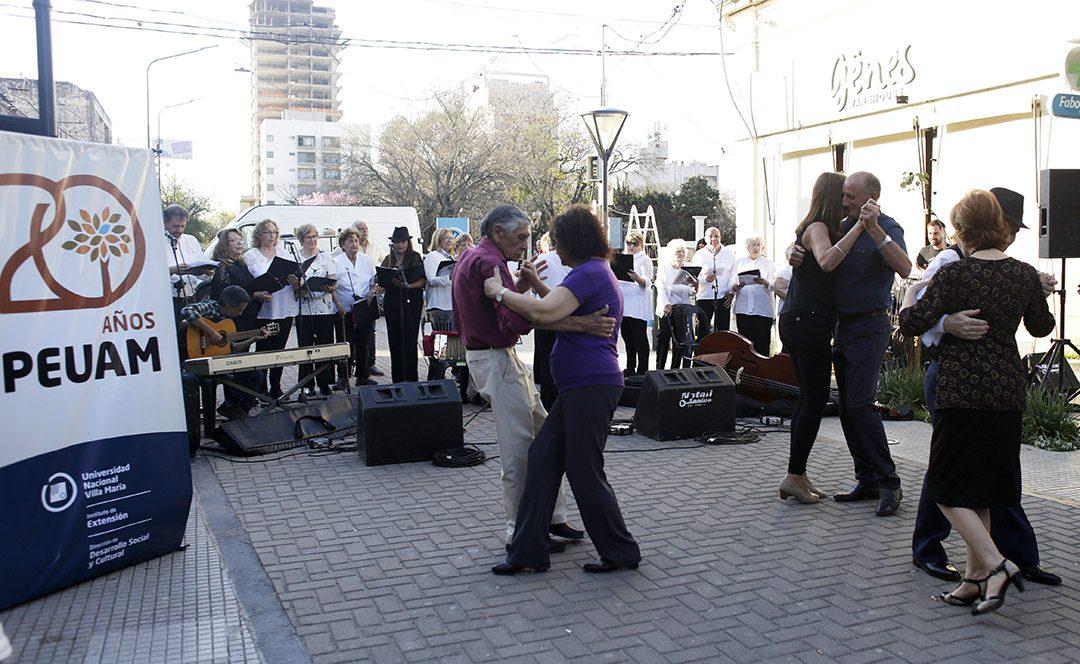 El PEUAM celebró 20 años con actividades en la Peatonal