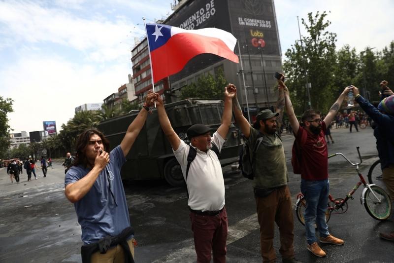 """El CIN pide """"recuperar la paz social en Chile"""""""