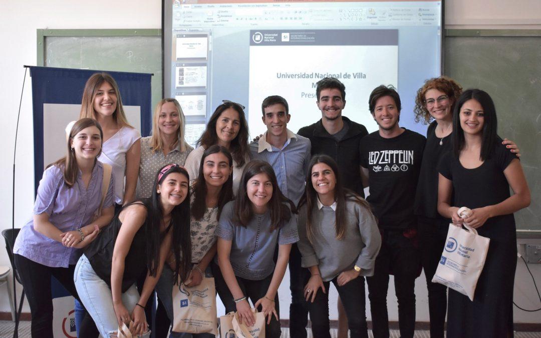 Internacionalización: estudiantes firmaron compromisos