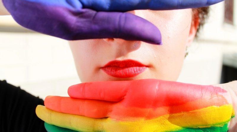 Censo a personas transexuales, transgénero y no binarias