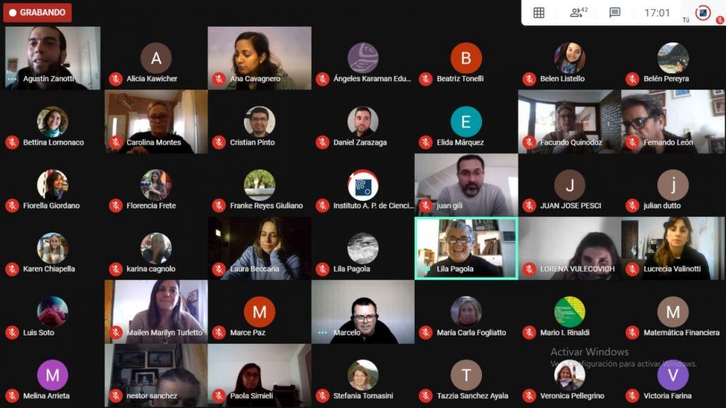 Humanas: Comenzó la Especialización en TIC