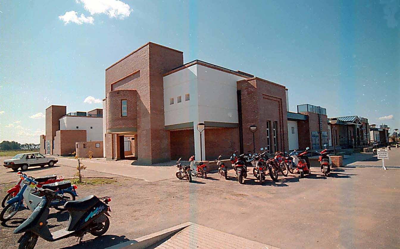 Campus 12-9-2001 06