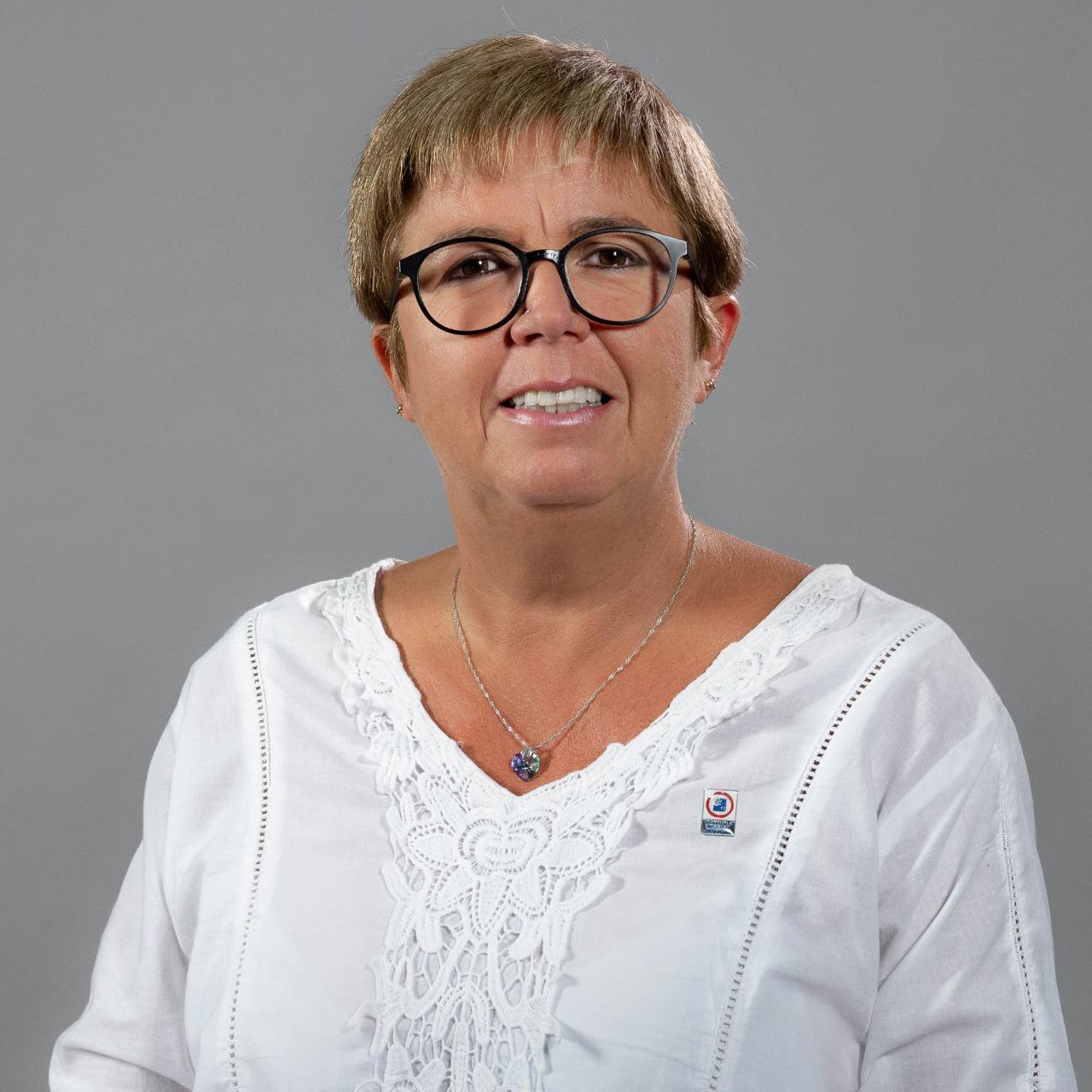 Dra. Silvia Paredes